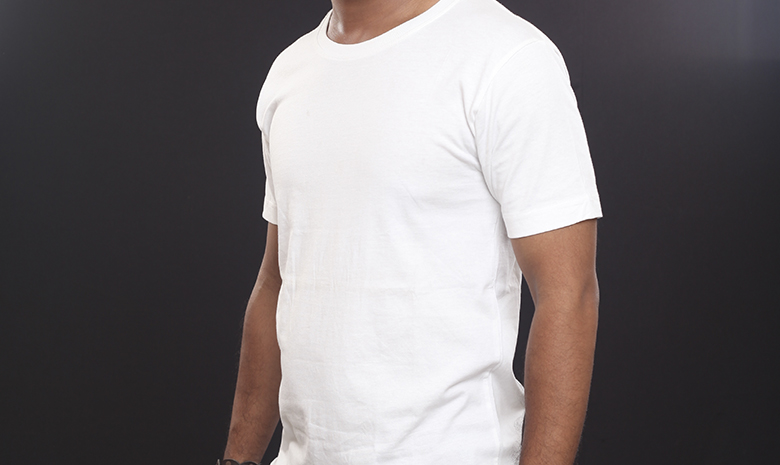 Man's plain white t-shirt
